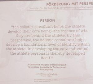 Dass die Identitätsentwicklung des Athleten an erster Stelle steht verdeutlicht dieses Zitat, gezeigt von Chrtistian Luthardt. © privat