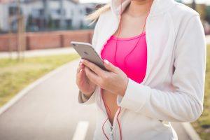 Handy-Zeit oder Smartphone-Verbot? Online Strategien sollten individuell abgestimmt werden. © pixabay